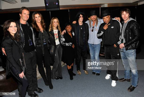 "Martina McBride, Rande Gerber, Cindy Crawford, Sheryl Crow, Anita Baker, Peter Wolf, Kid Rock, Joseph ""Rev Run"" Simmons and James Blunt backstage at..."