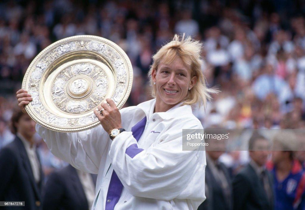 Zina Garrison v Martina Navratilova - Wimbledon Ladies Singles Final : News Photo