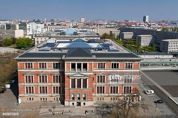 MartinGropiusBau Ausstellungshaus im Bezirk Kreuzberg Blick vom Dach des Bundesministeriums für wirtschaftliche Zusammenarbeit und Entwicklung