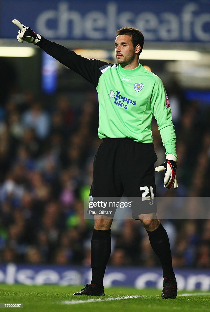 Marton Fulop of Leicester City gestures during the Carling Cup Fourth Round match between Chelsea and Leicester City at Stamford Bridge on October 31, 2007 in London, England.
