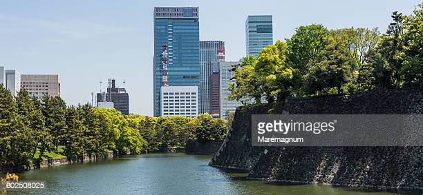 marunouchi, imperial palace area - imperial palace tokyo stock pictures, royalty-free photos & images