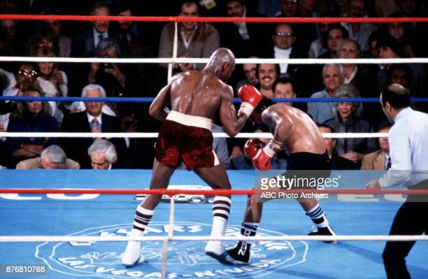 'Marvelous' Marvin Hagler Roberto Durán boxing at Caesars Palace November 10 1983
