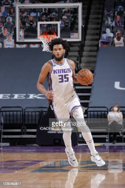 Marvin Bagley III of the Sacramento Kings dribbles during the game against the Chicago Bulls on January 6, 2021 at Golden 1 Center in Sacramento,...