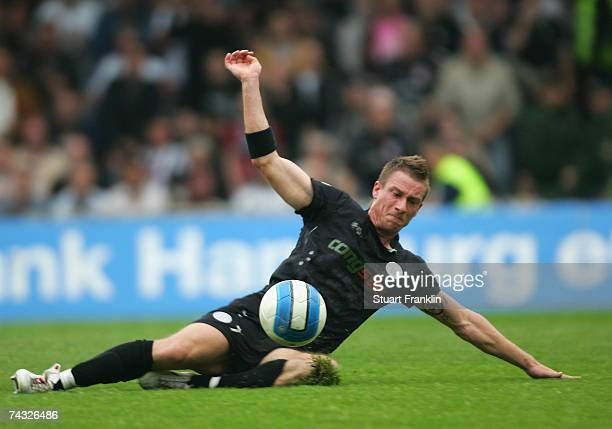 Marvin Braun of St. Pauli in action during the Third League Northern Division match between FC St.Pauli and Dynamo Dresden at the Millerntor stadium...