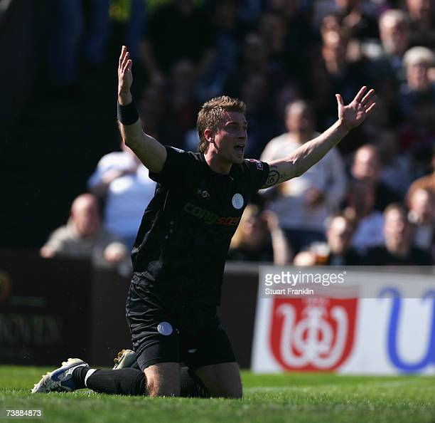Marvin Braun of St. Pauli reacts during the Third League match between FC St.Pauli and Holstein Kiel at the Millerntor stadium on April 14, 2007 in...
