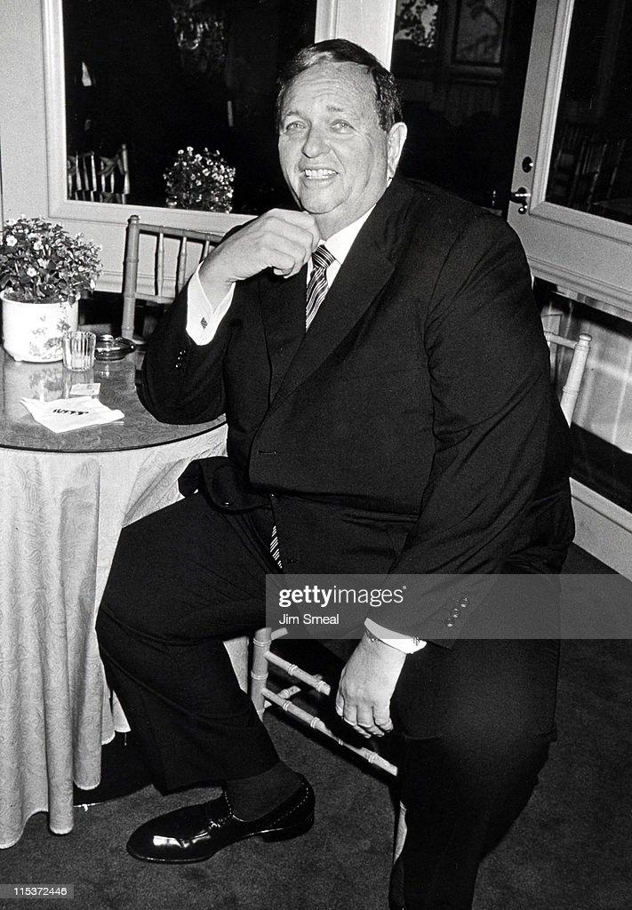 Marvin Davis Sighting at Jimmy's - July 18, 1988