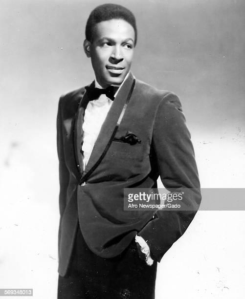 Marvin Gaye wearing suit 1961