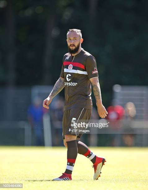 Marvin Knoll of St Pauli looks on during the preseason friendly match between SV Eutin 08 and FC St Pauli on July 1 2018 in Eutin Germany