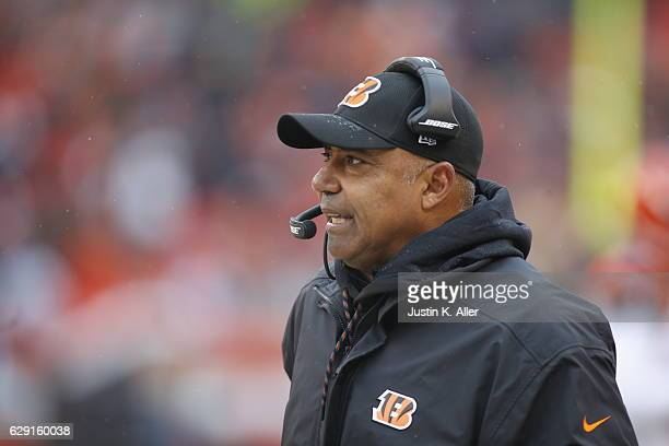Marvin Lewis of the Cincinnati Bengals looks on against the Cleveland Browns at Cleveland Browns Stadium on December 11 2016 in Cleveland Ohio