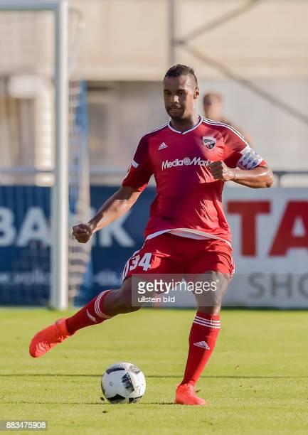 Marvin Matip in Aktion waehrend dem Fussball Testspiel FC Ingolstadt 04 gegen Huddersfield Town FC fuer die Saison 2016/2017 am 29 Juli 2016 in Schwaz