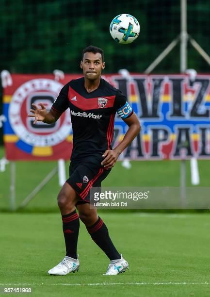 Marvin Matip in Aktion waehrend dem Fussball Testspiel FC Ingolstadt 04 gegen Sparta Prag fuer die Saison 2017/2018 am 12 Juli 2017 in Angerberg...