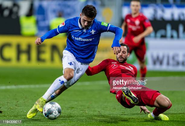 Marvin Mehlem of Darmstadt in action against Gonzalo Castro of Stuttgart during the Second Bundesliga match between SV Darmstadt 98 and VfB Stuttgart...