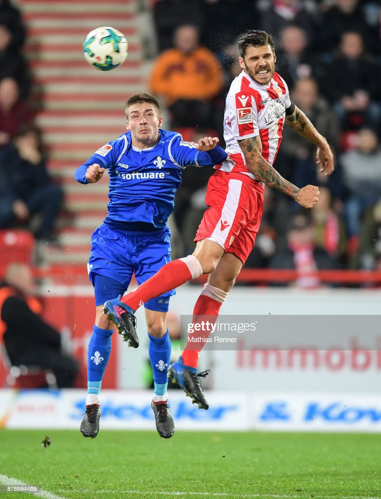 Marvin Mehlem of SV Darmstadt 98 and Christopher Trimmel of 1 FC. Union Berlin during the Second Bundesliga match between Union Berlin and SC Darmstadt 98 on November 24, 2017 in Berlin, Germany.