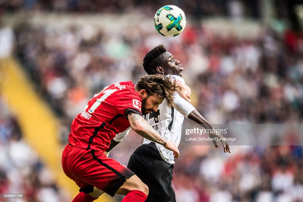 Marvin Plattenhardt (L) of Berlin and Danny da Costa (R) of Frankfurt in action during the Bundesliga match between Eintracht Frankfurt and Hertha BSC at Commerzbank-Arena on April 21, 2018 in Frankfurt am Main, Germany.