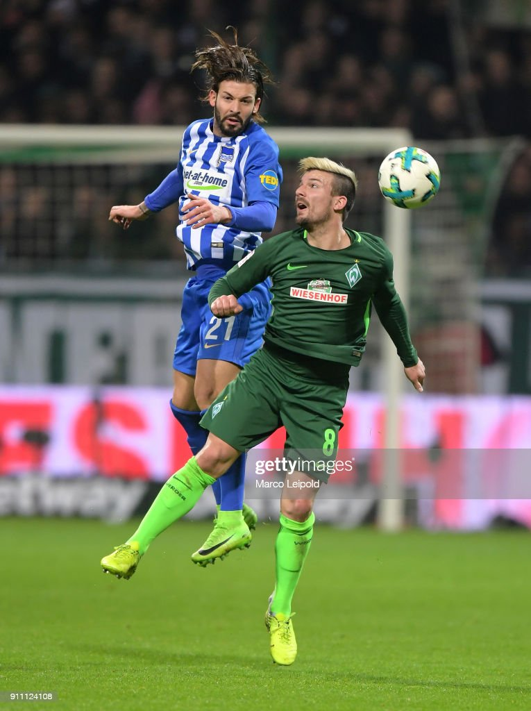 Marvin Plattenhardt of Hertha BSC and Jerome Gondorf of Werder Bremen during the game between SV Werder Bremen and Hertha BSC on january 27, 2018 in Bremen, Germany.