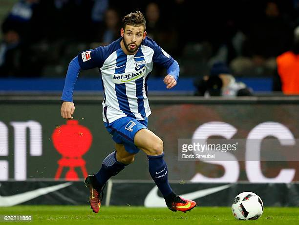 Marvin Plattenhardt of Hertha BSC runs with the ball during the Bundesliga match between Hertha BSC and 1 FSV Mainz 05 at Olympiastadion on November...