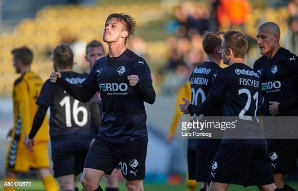 Marvin Pourie of Randers FC celebrates after scoring their first goal during the Danish Alka Superliga match between AC Horsens and Randers FC at...