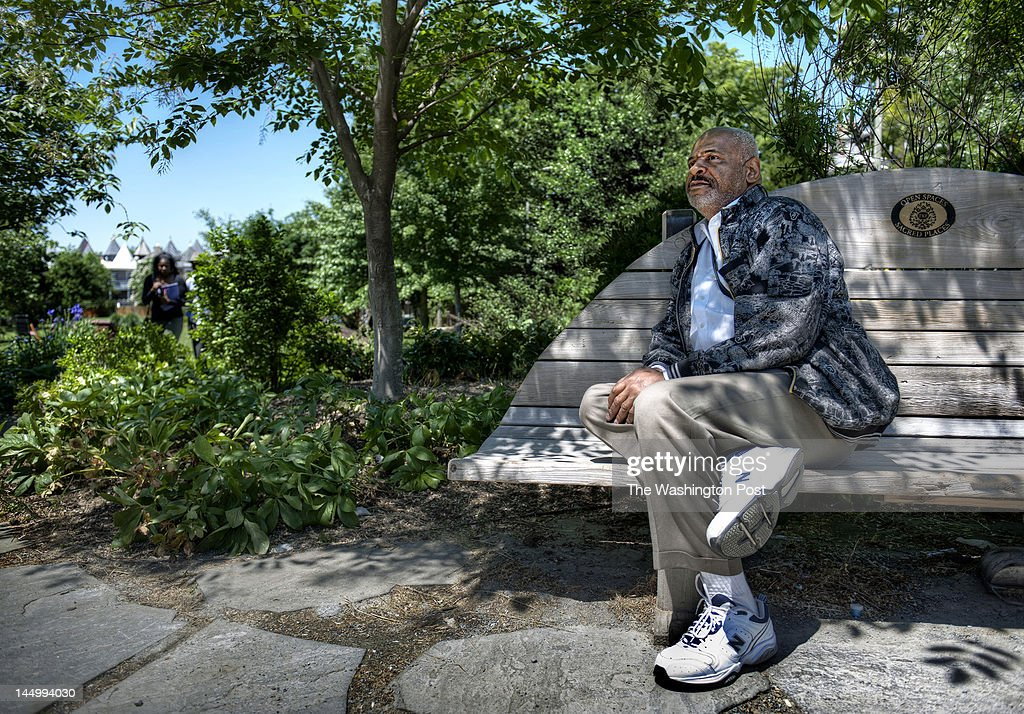 Marvin Rich and associates in Crispus Attucks park in Washington, DC. : News Photo