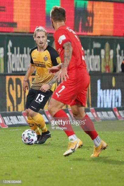Marvin Stefaniak of SG Dynamo Dresden and Felix Drinkuth of FSV Zwickau battle for the ball during the 3 Liga match between Dynamo Dresden and FSV...