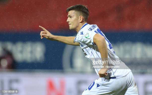 Marvin Wanitzek of Karlsruhe celebrates his team's first goal during the Second Bundesliga match between 1. FC Nürnberg and Karlsruher SC at...