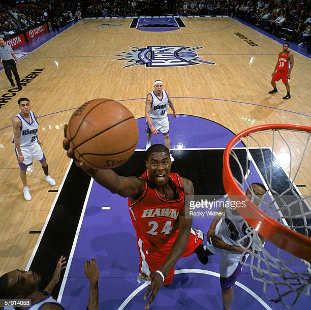 Marvin Williams of the Atlanta Hawks takes the ball to the basket during a game against the Sacramento Kings at Arco Arena on February 12 2006 in...