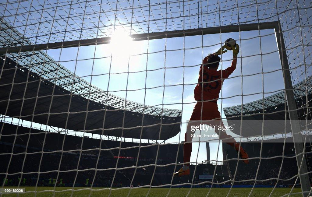 Hertha BSC v FC Augsburg - Bundesliga