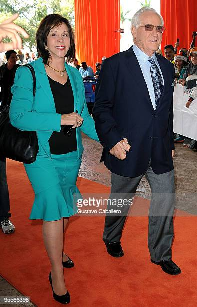 Mary Anne Shula and her husband former head coach Don Shula of the Miami Dolphins attends the Miami Dolphins game at Landshark Stadium on January 3...