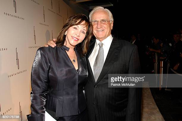 Mary Anne Stephens and Don Shula attend FONTAINEBLEAU MIAMI BEACH GRAND OPENING at Fontainebleau Miami Beach on November 14 2008
