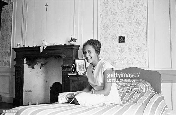 Mary Asfawossen Granddaughter Of Haile Sellassie The Negus In Chavagne In France En aout 1965 en France en vacances dans le famille VILLEROY au...
