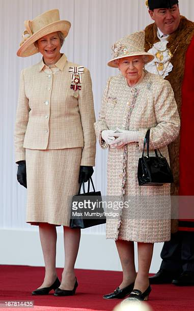 Mary Bayliss Lord Lieutenant of Berkshire and Queen Elizabeth II await the arrival of UAE President His Highness Sheikh Khalifa bin Zayed Al Nahyan...