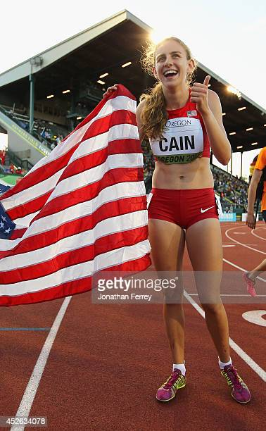 Mary Cain of the US celebrates winning the 3000m final during day three of the IAAF World Junior Championships at Hayward Field on July 24 2014 in...