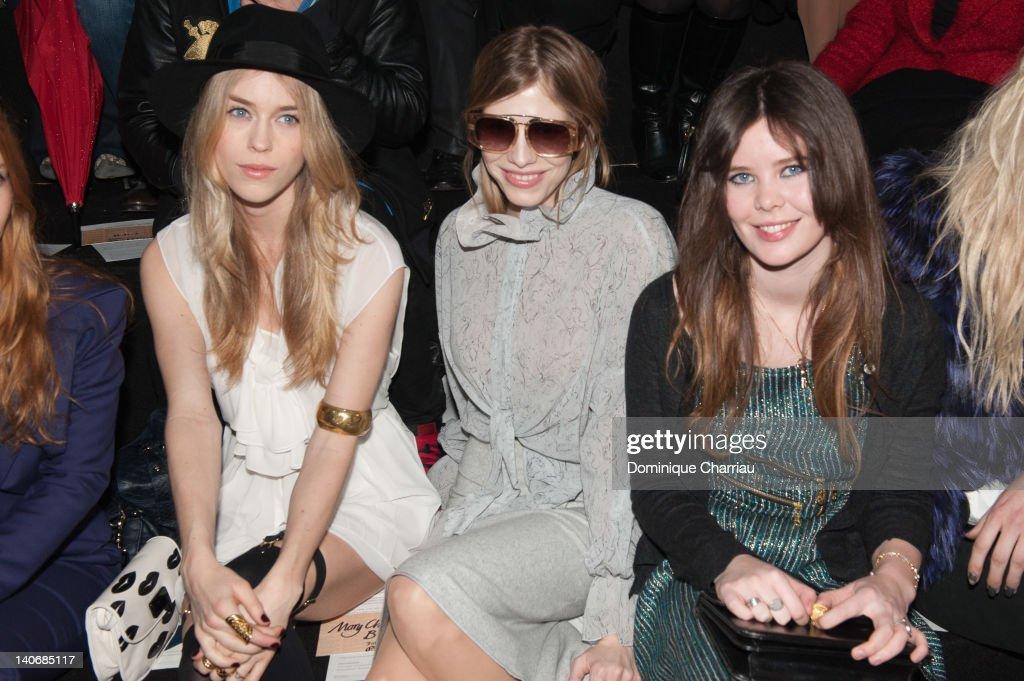 John Galliano: Front Row - Paris  Fashion Week Womenswear Fall/Winter 2012 : News Photo