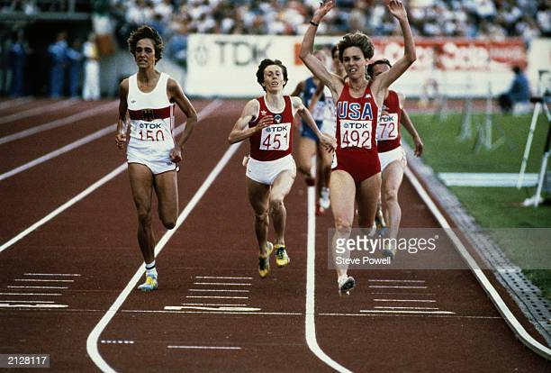 Mary Decker of the USA crosses the finish line to win the IAAF World Championship 3000 metre Women's Final on August 10 1983 in the Olympic Stadium...