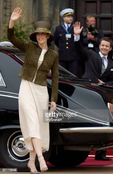 Mary Donaldson And Crown Prince Frederik Attending A Party To Celebrate Their Marriage In The Danish Royal Family
