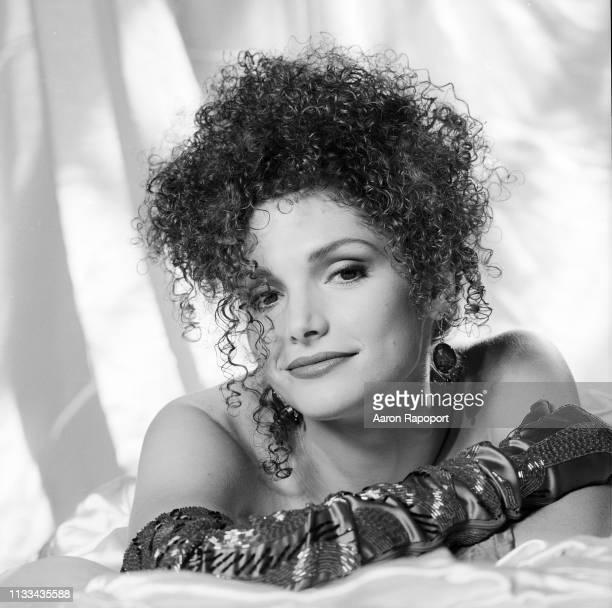 Mary Elizabeth Mastrantonio poses for a portrait in December 1984 in Los Angeles California