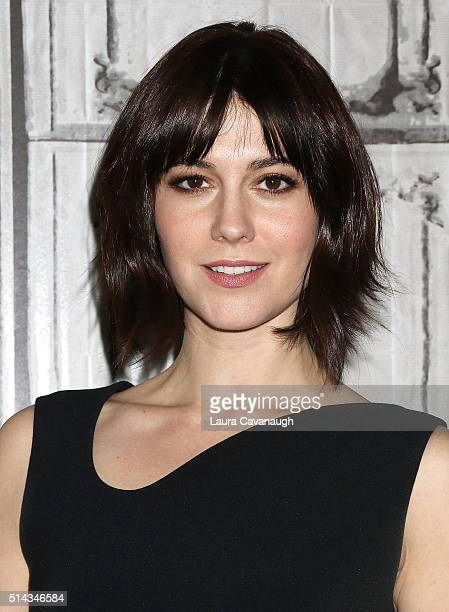 Mary Elizabeth Winstead attends AOL Build Speakers Series to discuss 10 Cloverfield Lane at AOL Studios In New York on March 8 2016 in New York City