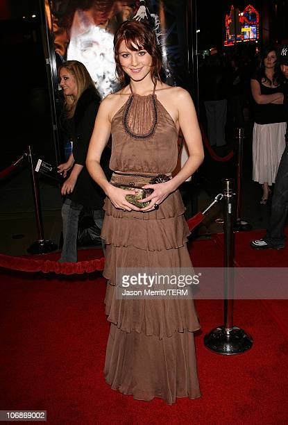 Mary Elizabeth Winstead during Final Destination 3 Los Angeles Premiere at Grauman's Chinese Theatre in Hollywood California United States