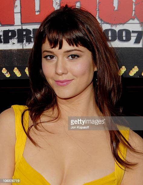Mary Elizabeth Winstead during 'Grindhouse' Los Angeles Premiere Arrivals at Orpheum Theatre in Los Angeles California United States