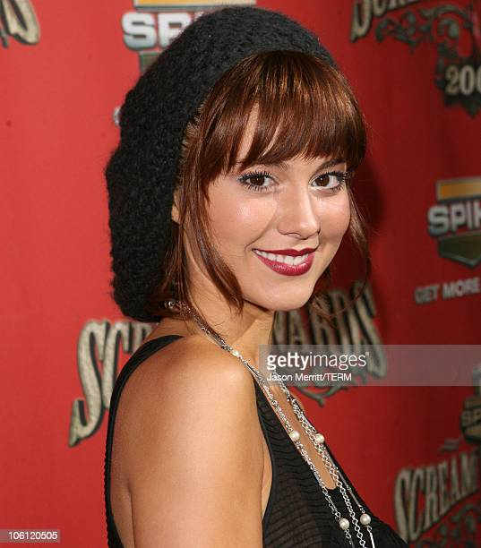 """Mary Elizabeth Winstead during Spike TV's """"Scream Awards 2006"""" - Red Carpet at Pantages Theater in Hollywood, California, United States."""