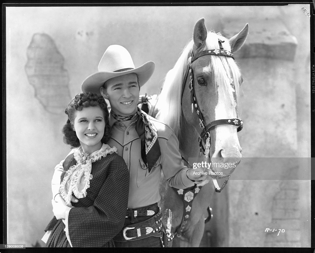 Mary Hart And Roy Rogers In 'Billy The Kid Returns' : News Photo