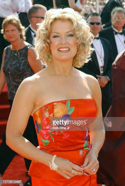 Mary Hart arrives at Emmy Awards Show, September 21, 2003 in Los Angeles, California.
