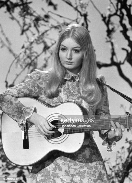 Mary Hopkin performs on 'This Is Tom Jones' TV show in circa 1970 in Los Angeles California