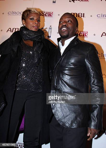 Mary J Blige and Anthony Hamilton attend the 4th annual Black Girls Rock awards at The New York Times Center on October 17 2009 in New York City