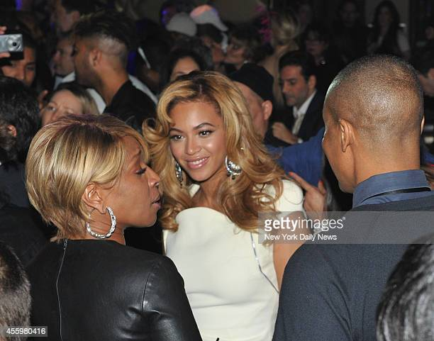 Mary J Blige and Beyonce on dance floor at the Lorraine Schwartz 2BHAPPY Launch Event held at Lavo