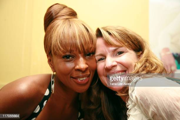 Mary J Blige and Heather Buchanan during Gotham and Hamptons Magazines Celebrate with Cover Star Mary J Blige at Pink Elephant in Southampton at Pink...