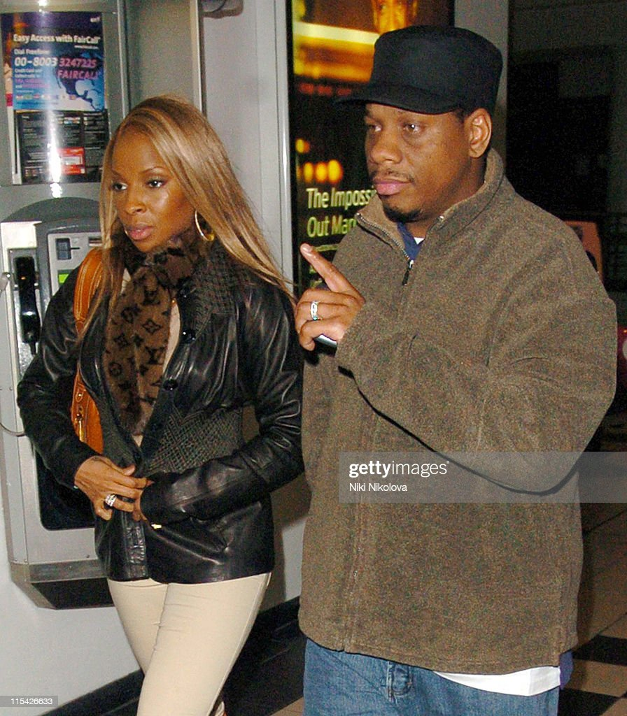 Mary J. Blige Sighting in London - April 2, 2006 : News Photo