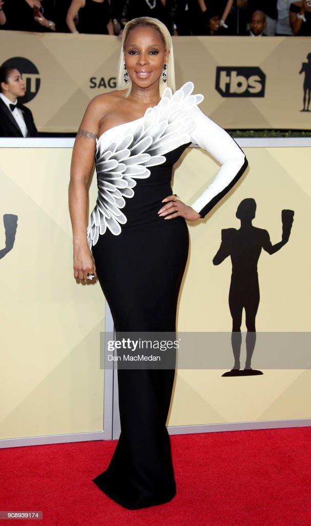 24th Annual Screen Actors Guild Awards - Arrivals : ニュース写真
