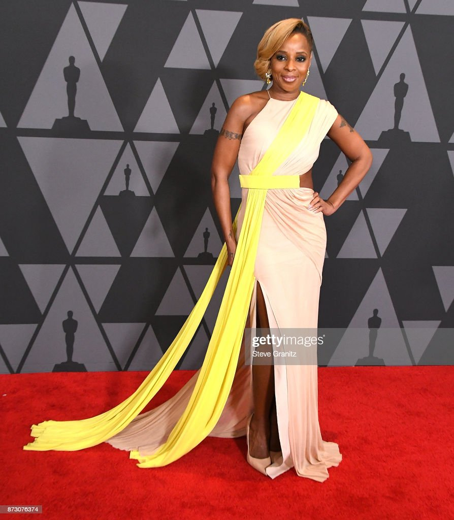 Mary J. Blige arrives at the Academy Of Motion Picture Arts And Sciences' 9th Annual Governors Awards at The Ray Dolby Ballroom at Hollywood & Highland Center on November 11, 2017 in Hollywood, California.