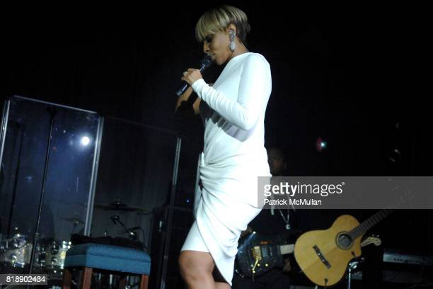 Mary J Blige attend The Society of MSKCC'S 3rd Annual Spring Ball at The Pierre on May 18th 2010 in New York City