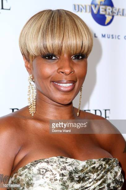 Mary J Blige attends 'An Evening with Mary J Blige and Friends' at Cipriani Wall Street on June 17 2010 in New York City
